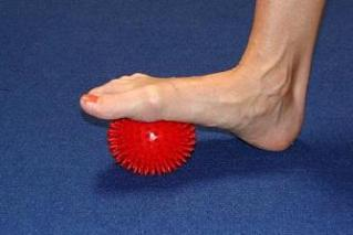 foot circulation exercise ball image