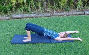 scoliosis exercise bridge image