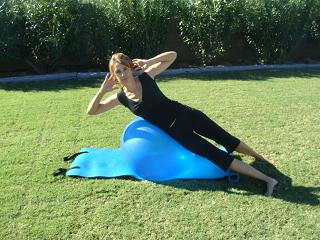 oblique exercise ball move image