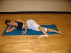 pilates side kicks